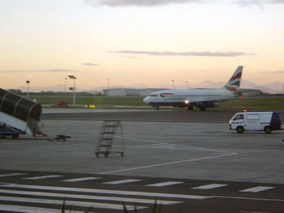 Touchdown of Candice's BA flight MN6427 at 17:54 on Saturday 30 July 2005.