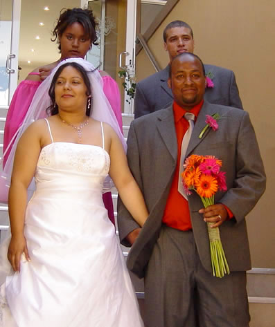 Jason & René, with bride's maid and bestman